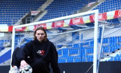 """KRC Genk-doelman Maarten Vandevoordt wordt 19: """"Weinig last van stress"""""""