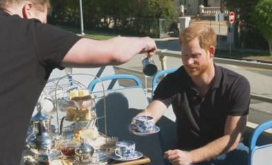 """""""Hij wilde tabloids ontvluchten, maar zoekt nu voortdurend zelf schijnwerpers op"""": onze royaltywachter ziet hoe prins Harry bevrijd is, maar inconsequent handelt"""