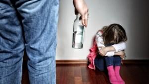 """Kinderen minder veilig thuis en toch is er amper hulp: """"Hele systeem staat op imploderen"""""""