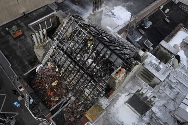 Gebouw zwaar beschadigd door brand in Jette