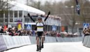 Primeur Omloop Het Nieuwsblad: vrouwen finishen na de mannen