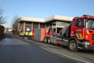 Tankwagen lekt zoutzuur bij zuivelbedrijf Olympia