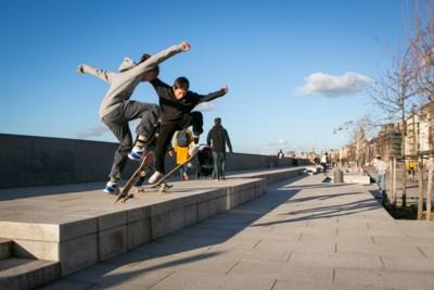 IJzeren haken moeten skaters van Scheldekaaien houden