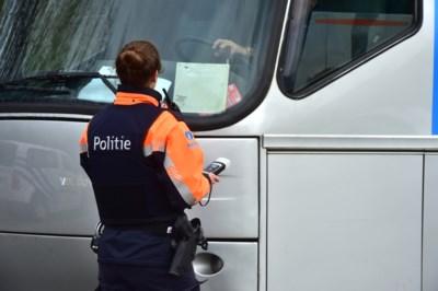 Amper vrachtwagenchauffeurs in regel bij controle op zwaar vervoer