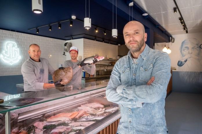 The Shop: viswinkel met aperitiefruimte en terras