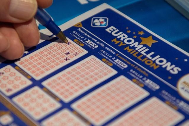 Recordjackpot EuroMillions gevallen: identiteit van geluksvogel die 210 miljoen euro wint, is bekend