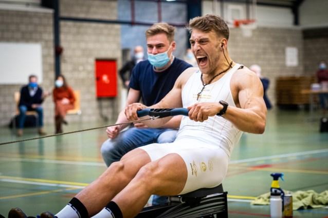 """Ward Lemmelijn eerste Belgische wereldkampioen indoorroeien ooit: """"Dit was van een andere wereld"""""""