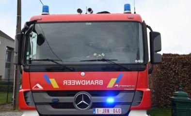 Twee personen zwaargewond bij uitslaande brand
