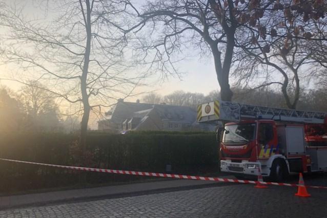 Brand in bijgebouw van kasteelwoning