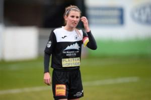 """Chloë Van Mingeroet ondanks nederlaag tegen boezemvriendin positief: """"We maakten al veel vooruitgang en bewezen dat ook tegen Anderlecht"""""""