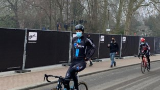"""Enorm contrast met start vorige Omloop Het Nieuwsblad: """"Jammer dat we niet dichter mogen"""""""