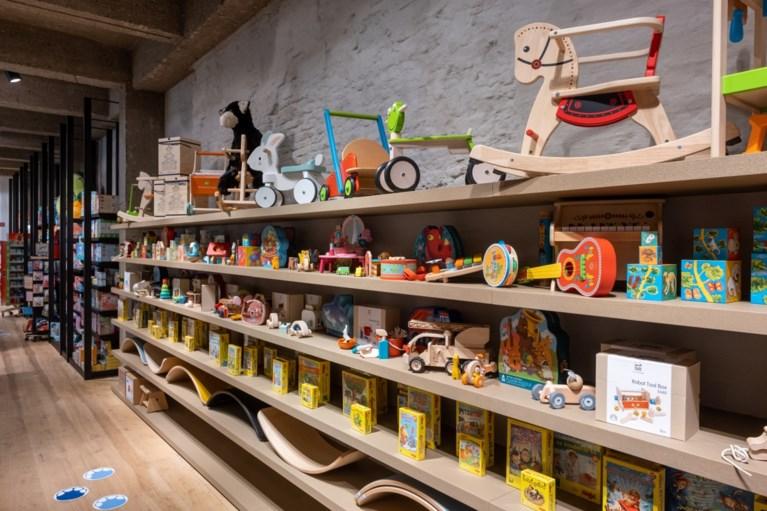 Speelgoedwinkel 'In den Olifant' zit voortaan in de Lombardenstraat