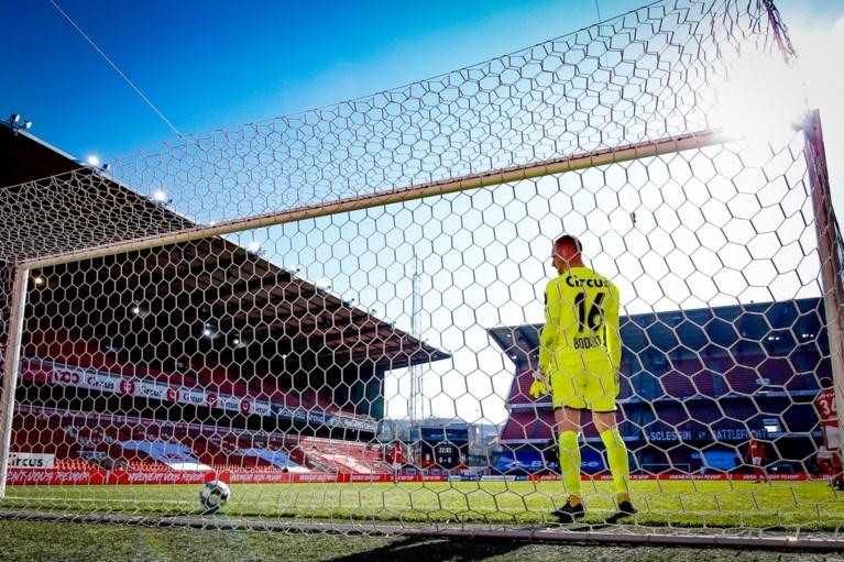 Anderlecht wint tegen Standard voor het eerst in drie matchen en behoudt aansluiting met top vier