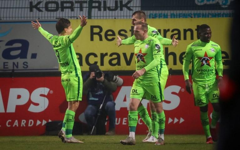 Zulte Waregem eindigt derbydroogte tegen KV Kortrijk na nieuwe remonte en nadert tot op drie punten van Play-off 1
