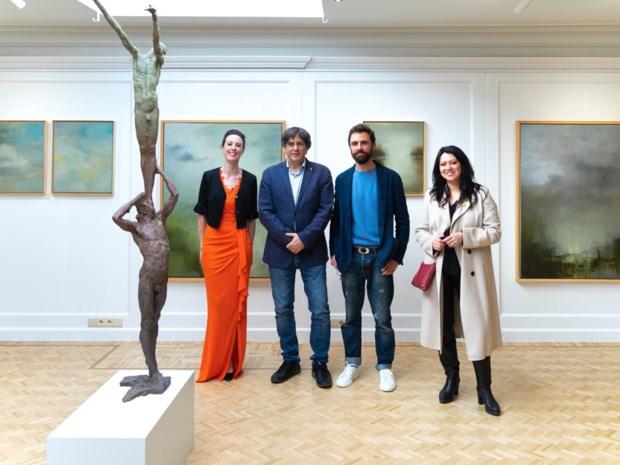 """Voormalig president van Catalonië brengt bezoek aan Latemse galerie: """"Expo is indrukwekkend"""""""