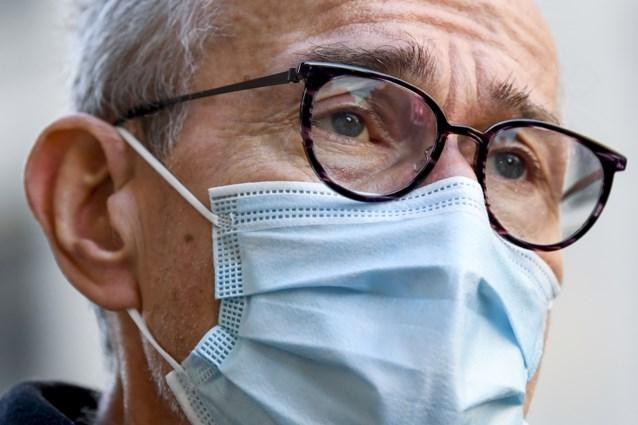 """Vandenbroucke: """"Vaccin van AstraZeneca toelaten voor 55-plussers kan gamechanger zijn"""""""