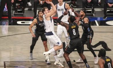 """Dallas stopt zegereeks van Brooklyn: """"Euro-brothers"""" Doncic en Porzingis loodsen Mavericks naar winst"""