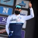 Een duimpje op het podium. Vanmarcke is blij met zijn derde plaats in de Omloop Het Nieuwsblad.