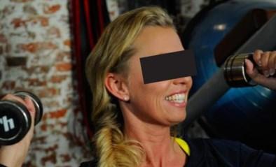 Vrouw (46) die werd opgepakt voor illegaal escortbureau blijkt bekende zangeres en fitnessgoeroe van Nederlandse sterren