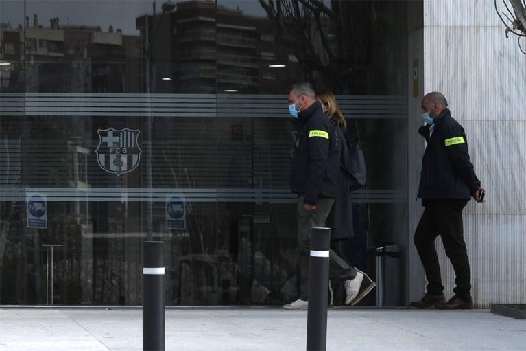 """Politie valt binnen bij FC Barcelona: """"Ex-voorzitter Josep Bartomeu gearresteerd in corruptieonderzoek"""""""