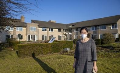 """""""Dit is een waarschuwing"""": na uitbraak met Zuid-Afrikaanse variant in woon-zorgcentrum blijken zeker vier besmette personeelsleden niet gevaccineerd"""