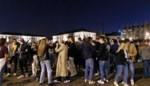 100 krijtcirkels op Sint-Pietersplein moeten jongeren in hun bubbel houden