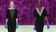 Prada maakt handschoenentasje