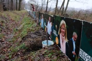 Arbeiders doen schokkende ontdekking: vijftigtal padden in plastic zak gedumpt in vuilnisbak