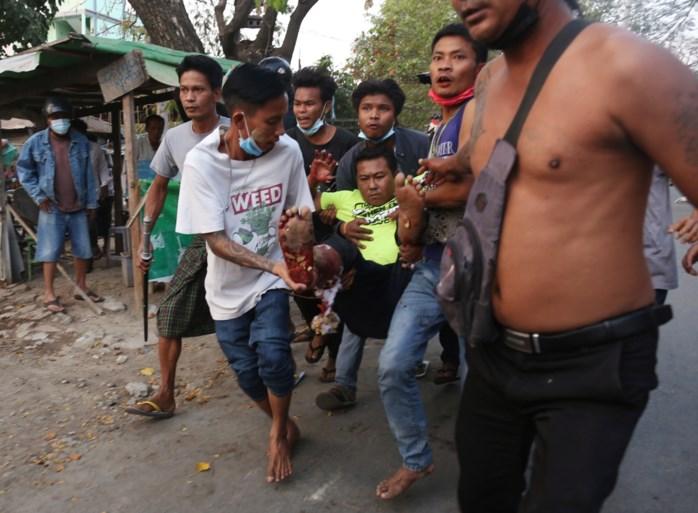 "Protest Myanmar: zondag ""minstens achttien mensen gedood"", volgens VN"