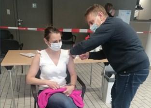 Stichting Delacroix vaccineert meer dan 700 personen