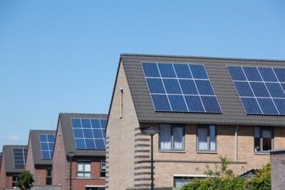 100.000 Belgen met zonnepanelen zien hun digitale meter niet meer teruglopen: wat kunnen ze doen om te besparen?