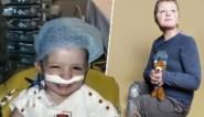 """Dries (10) overleefde leukemie en verloor zijn benen na bloedvergiftiging: """"We gingen aan doodsbrieven beginnen, tot dat telefoontje kwam"""""""