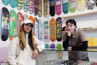 """Dit is de eerste skateshop voor vrouwen in België: """"We willen de drempel verlagen"""""""