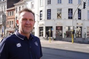 """Vader van Iljo Keisse is verplichte sluiting van zijn café beu: """"Alles ben ik kwijt, zelfs mijn zoon en moeder moeten bijspringen"""""""