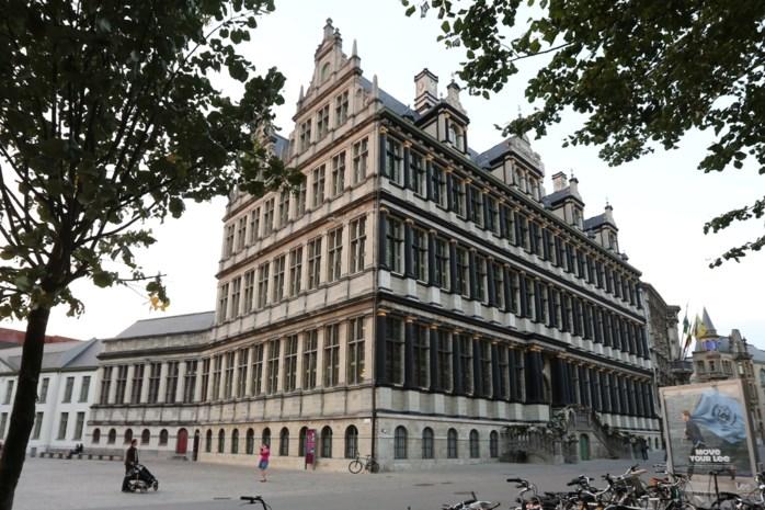 """162 miljoen euro uit Gentse stadskas alleen nog naar 'fossielvrije' beleggingen: """"Niet meer investeren in vervuilende industrie"""""""