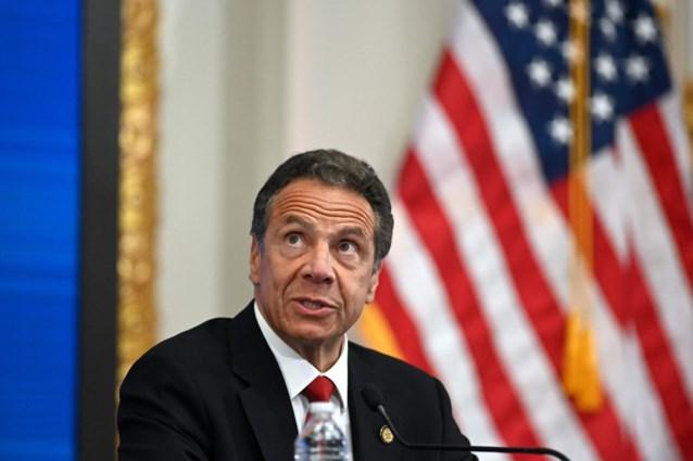 Derde vrouw beschuldigt gouverneur van New York van ongewenste intimiteiten