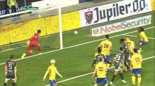 """STVV-coach Peter Maes: """"Zo snel mogelijk nog één keer winnen om behoud te verzekeren."""""""