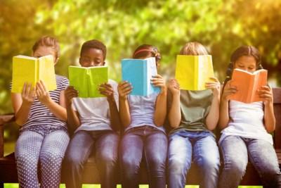 """Hoe krijg je je kinderen aan het lezen? """"Voorlezen, voorlezen, voorlezen, zelf het goede voorbeeld geven en boeken op het toilet"""""""