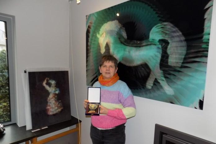 Anita Fleerackers wint goud met digitale kunst