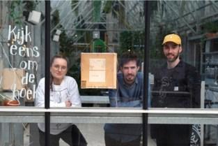 Jonge Gentenaars zorgen voor kunst achter de ramen van Gentse handelszaken