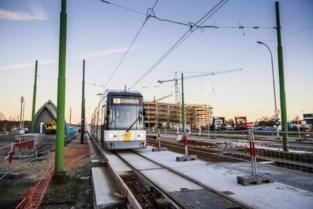Tijdlang geen trams naar Linkeroever door stroomonderbreking