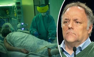 """Besmettingen stabiliseren, maar ziekenhuisopnames stijgen fors. """"Wat Britse variant doet is ongezien"""""""