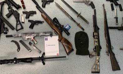 """Antwerpse politie vat negen """"pedohunters"""" met wapenarsenaal: """"Recht in eigen handen nemen wordt niet getolereerd"""""""