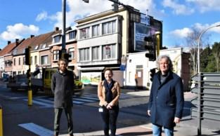 """Stad sloopt drie panden in centrum Bissegem: """"Zo kunnen we kruispunt mooier inrichten"""""""