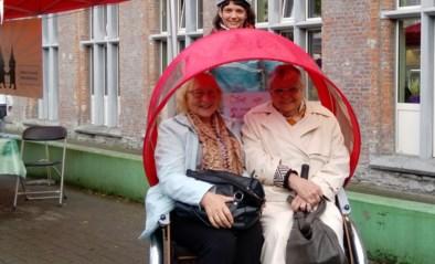 Senioren bestellen voor drie euro een fietstaxi in Sluizeken