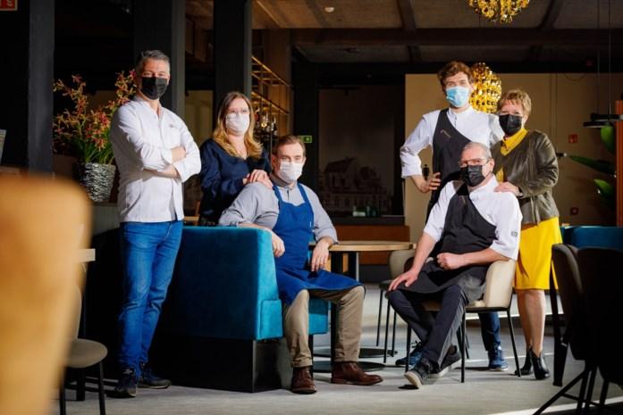 """Zijn eigen restaurant mag hij nog niet openen maar chef-kok Dominique kookt binnenkort wel in hotel: """"Leuk om nog eens iets op een bord te kunnen brengen"""""""