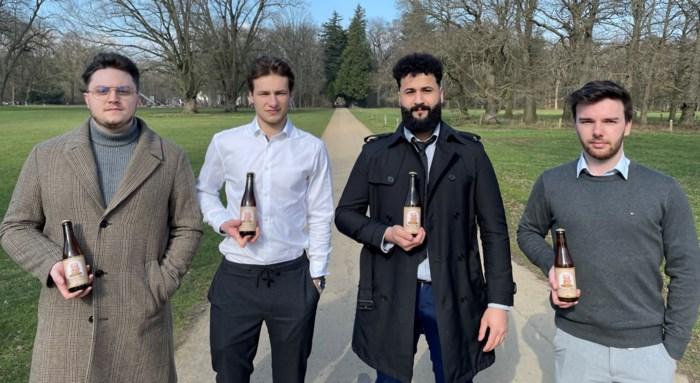 """Vier studenten brouwen nieuwe zoete tripel Blonde Beir: """"We mikken eerst op de West-Vlaamse markt maar dromen al van een groter doelpubliek"""""""
