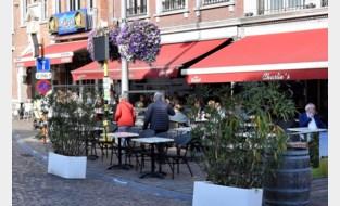 Oppositie vindt nieuw richtlijnen voor terrassen op markt brug te ver