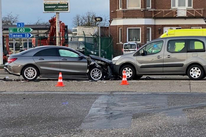 Ongeval verstoort ochtendspits op drukke verbindingsweg tussen Sint-Truiden en Luik