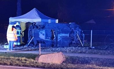 Bestuurder van 29 jaar verongelukt bij botsing met tractor in Meeuwen